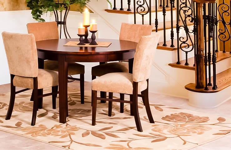 white pattern rug with dark furniture