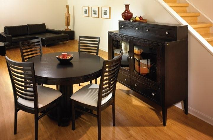 Amish Montclair Single Pedestal Dining Room Table with Solid Top