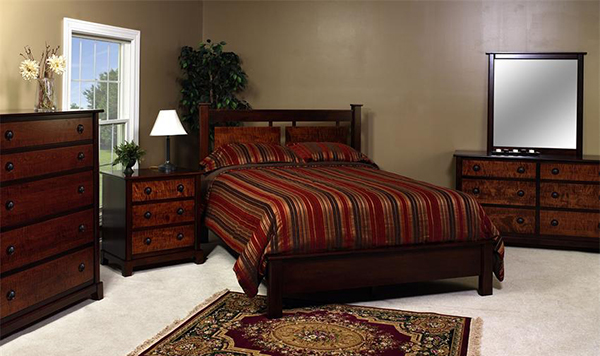 Amish Chesapeaka Queen Bedroom Set
