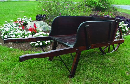 Amish Old-Fashioned Wheelbarrow