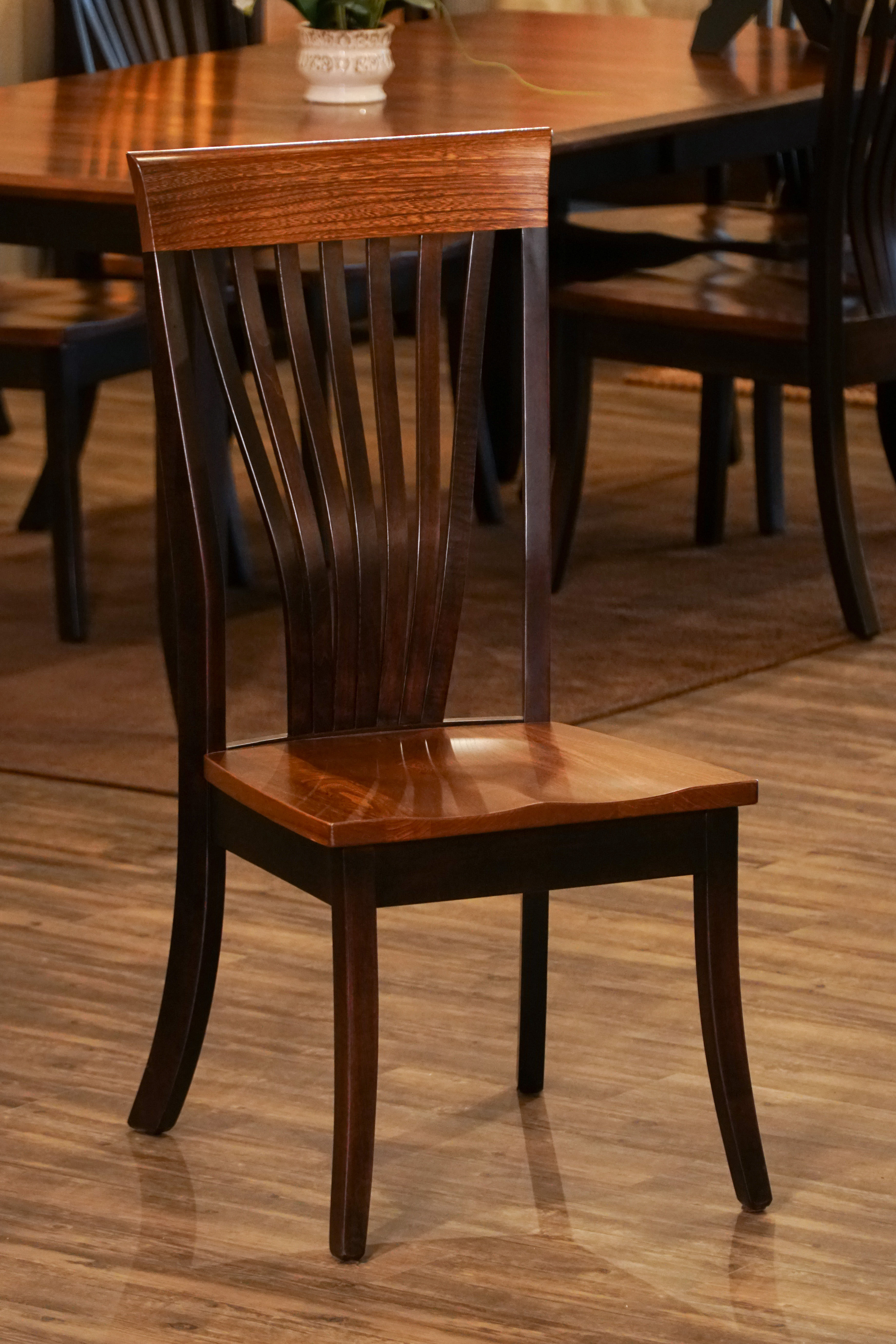 Amish Christy Fanback Dining Chair