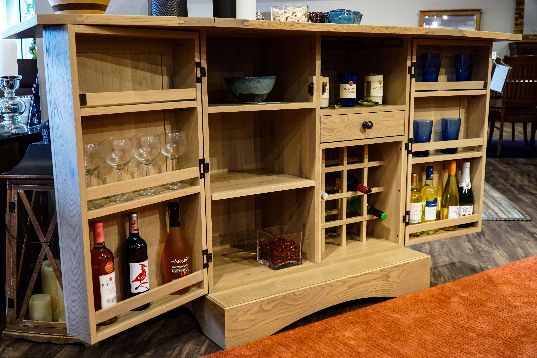 Amish Napa Wine Serving Bar