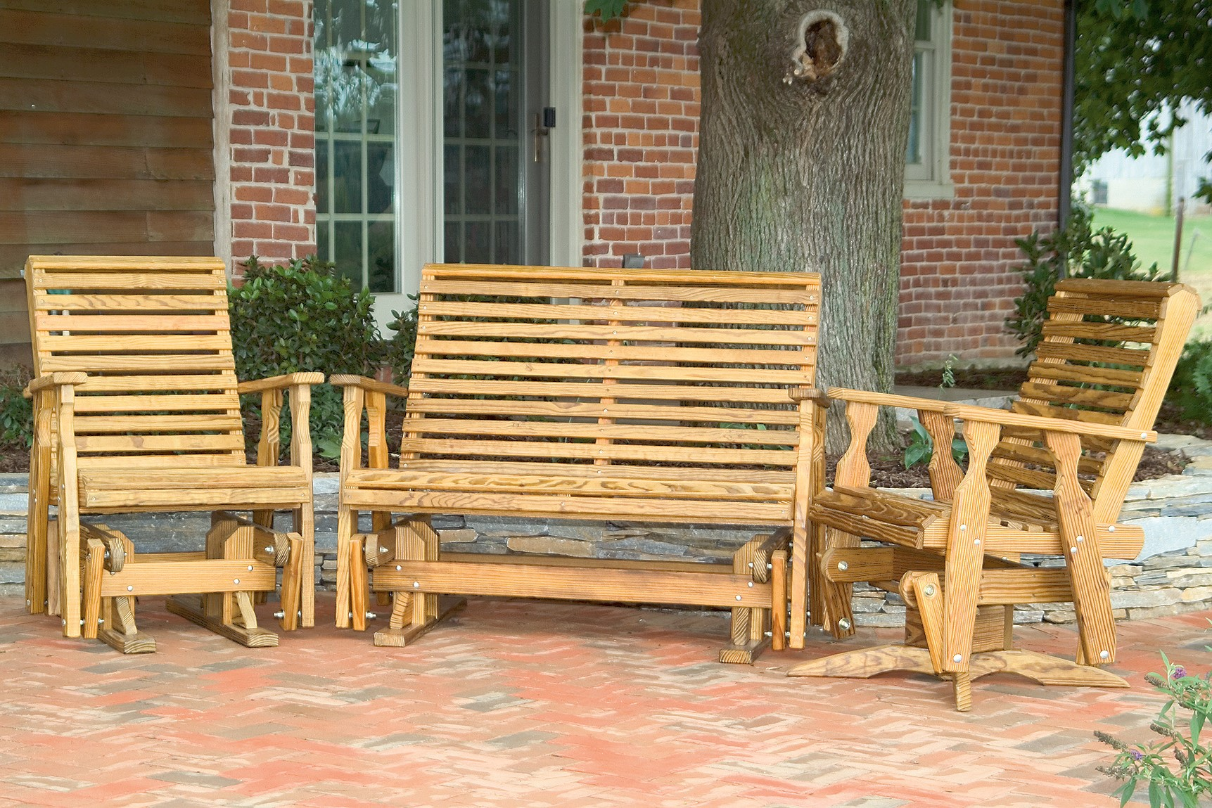 Pine Roll Back Outdoor Set