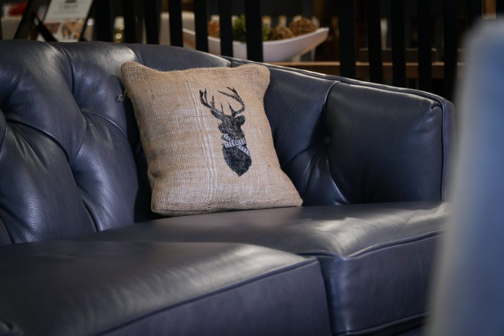 Deer Head Stenciled on Burlap DIY Pillowcase