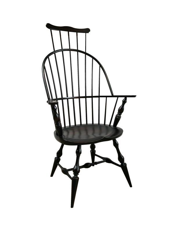 Amish Comb-Back Windsor Arm Chair
