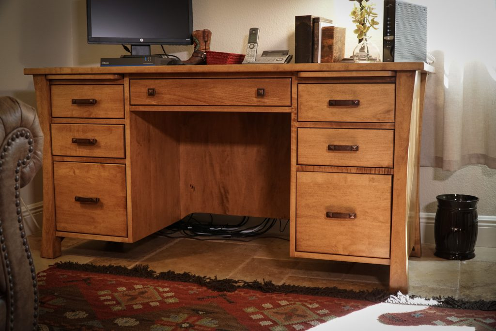 Amish Woodbury Executive Desk