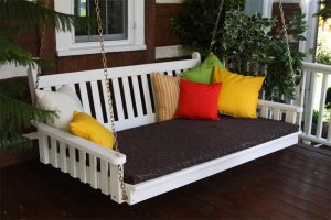 Amish Pine Wood Traditional English Swing Bed