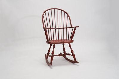 Amish Early American Windsor Arm Rocker