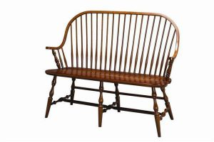 Amish Furniture Continuous Arm New England Windsor Bench