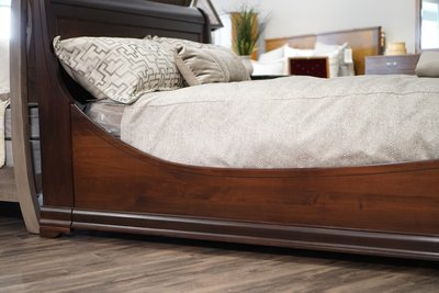 Amish Versailles Euro Sleigh Bed