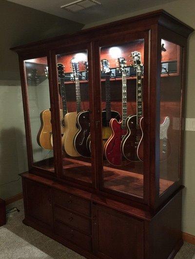Custom guitar cabinet
