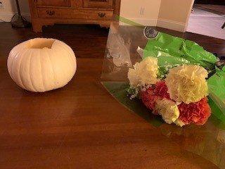 DIY Pumpkin and flower centerpiece