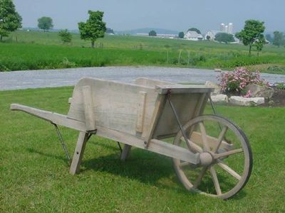 Amish Old Fashioned Wheelbarrow Large Rustic