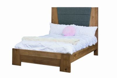 Amish Dover Bed