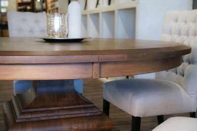 Dining table apron or skirting