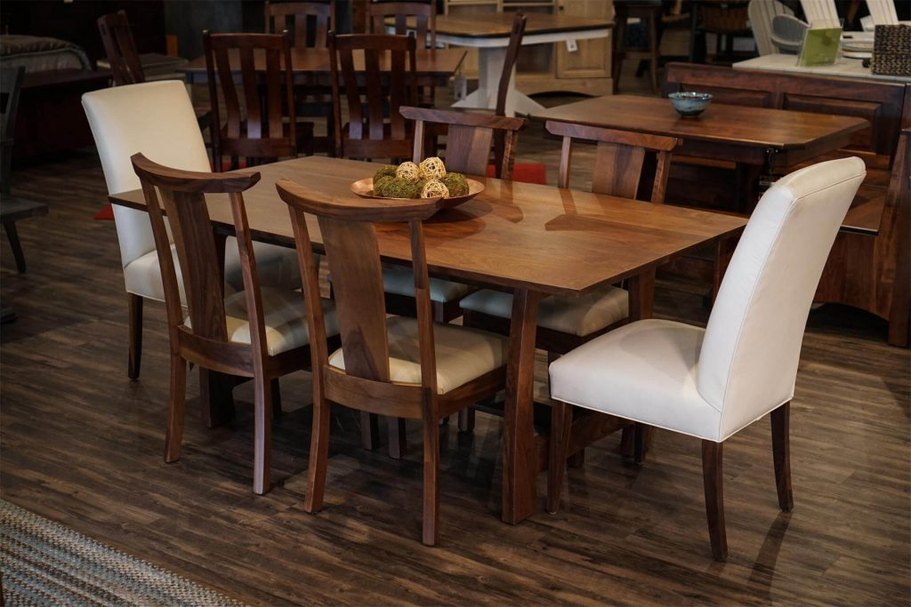Grand River Dining Table and Chairs