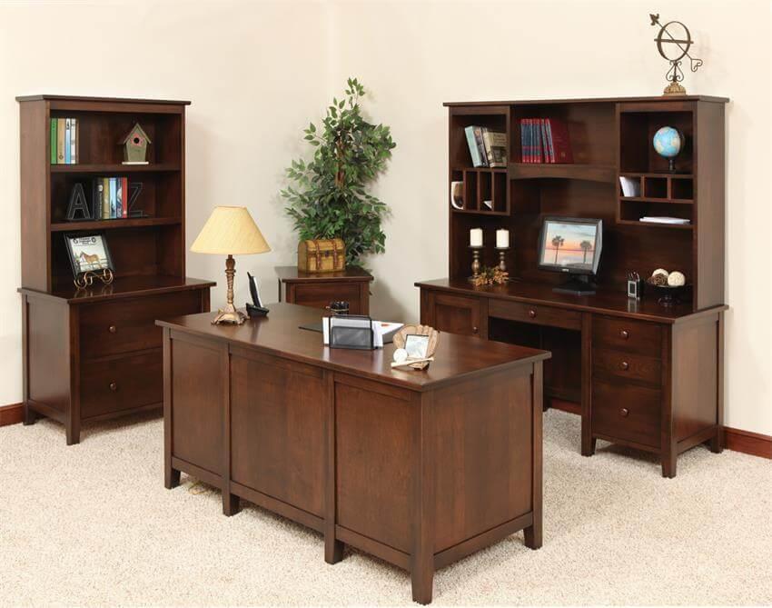 Amish Manhattan Office Suite