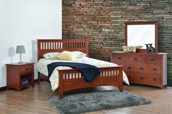 Quick Ship Amish Siesta Mission Bedroom Three Piece Set in Oak  Wood