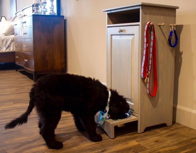 Amish Solid Pine Pet Feeder Station