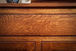 Example of wavy pattern on Quarter Sawn White Oak furniture
