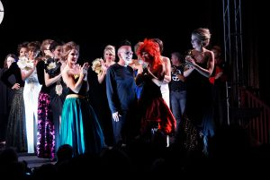 curtain call at fashion show goshen theater
